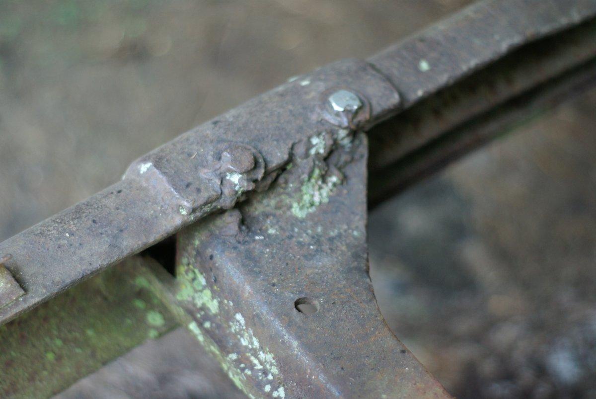 nasty weld.jpg
