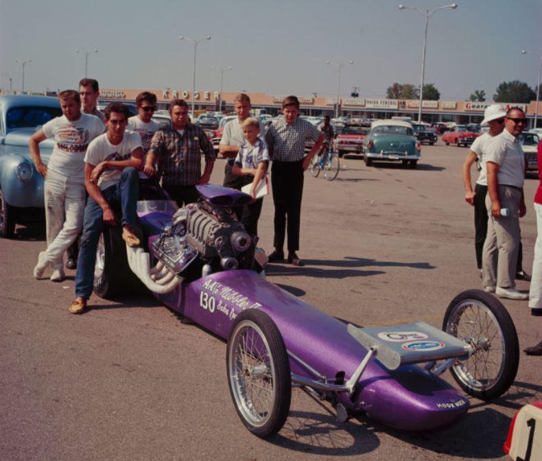 Nibbler teching 1964 nationals.JPG