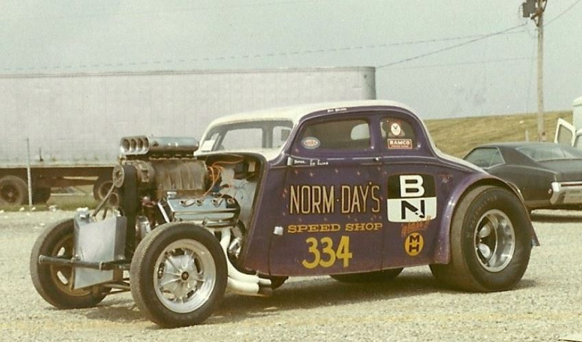 norm day's speed shop.JPG