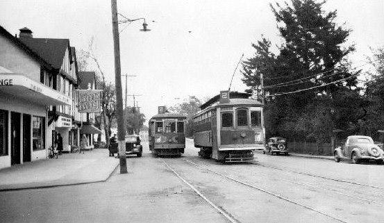 Oak Bay Avenue 1948.jpg