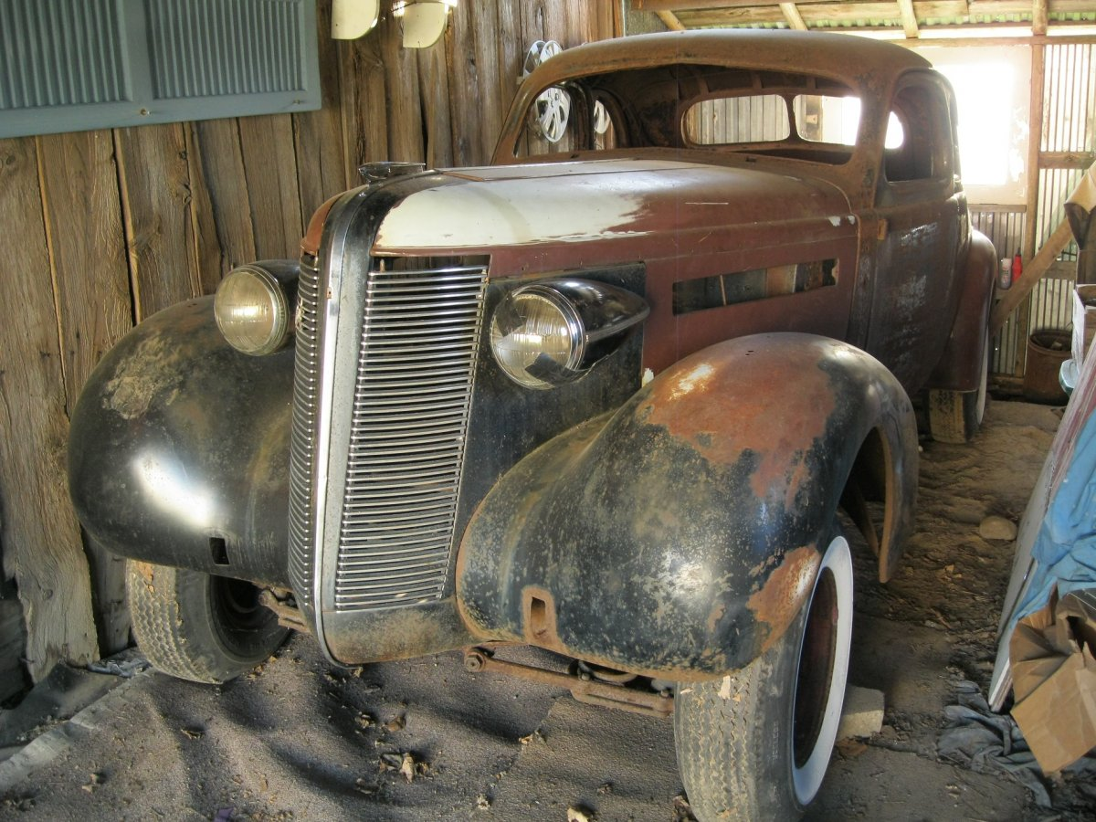 project vehicles for sale John scotti automotive carries a large selection of trade-in vehicles or out-of use vehicles which are over 20 years old, and which require mechanical work or new parts in order to be restored to running condition.