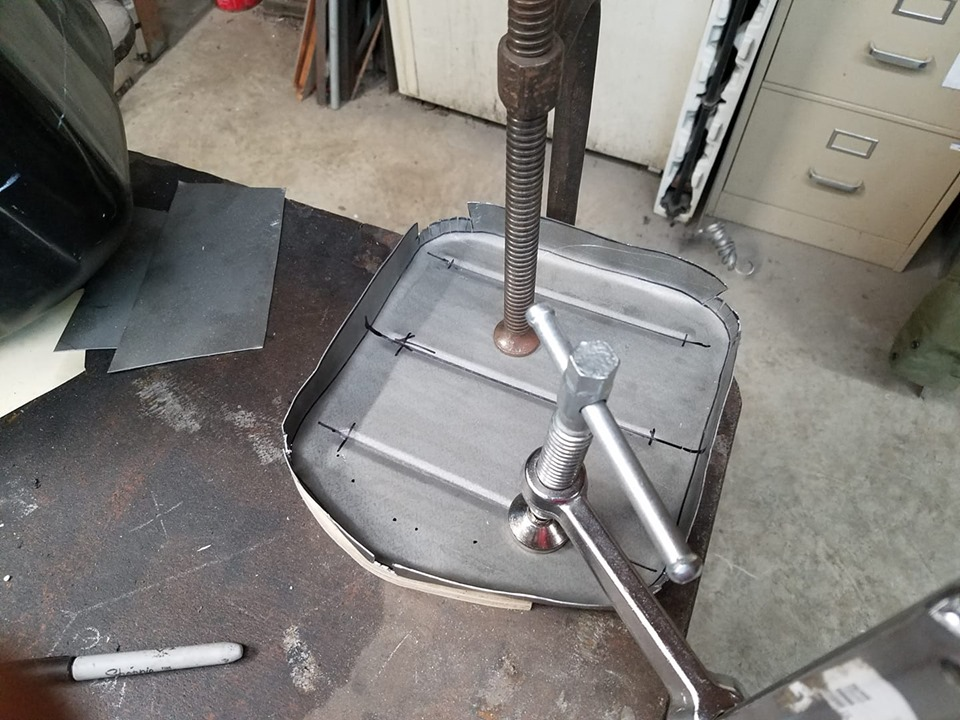 oil pan bottom.jpg