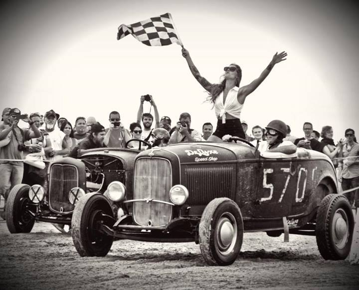 Oilers-Car-Club-Race-of-Gentlemen.jpg