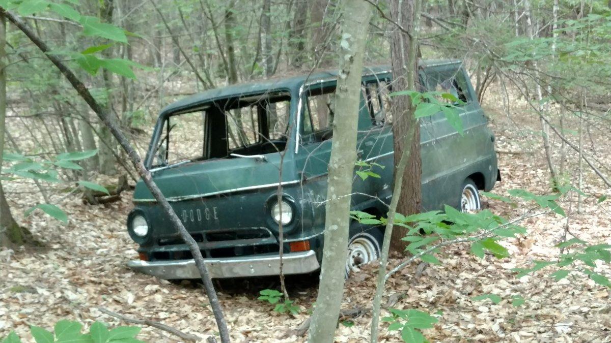 Old Dodge van3.jpg