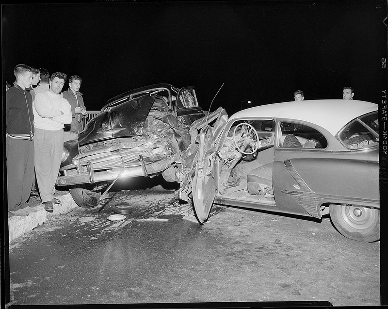 Old Photos of Car Accidents  (26).jpg