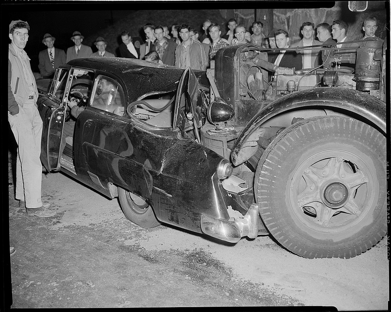 Old Photos of Car Accidents (4).jpg