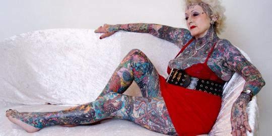 old-woman-tattoo.jpg