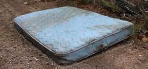 old_mattress.jpg