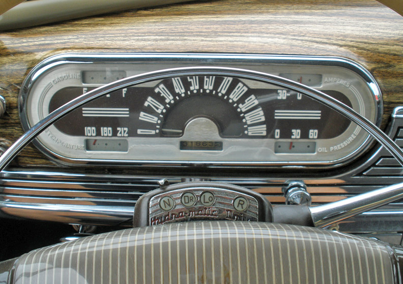OLds dash Hydro.JPG
