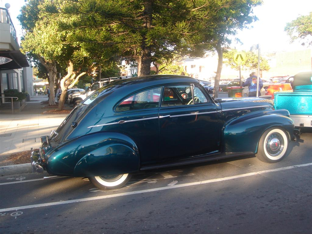 Oldsmobile Sloper 1940 2.jpg