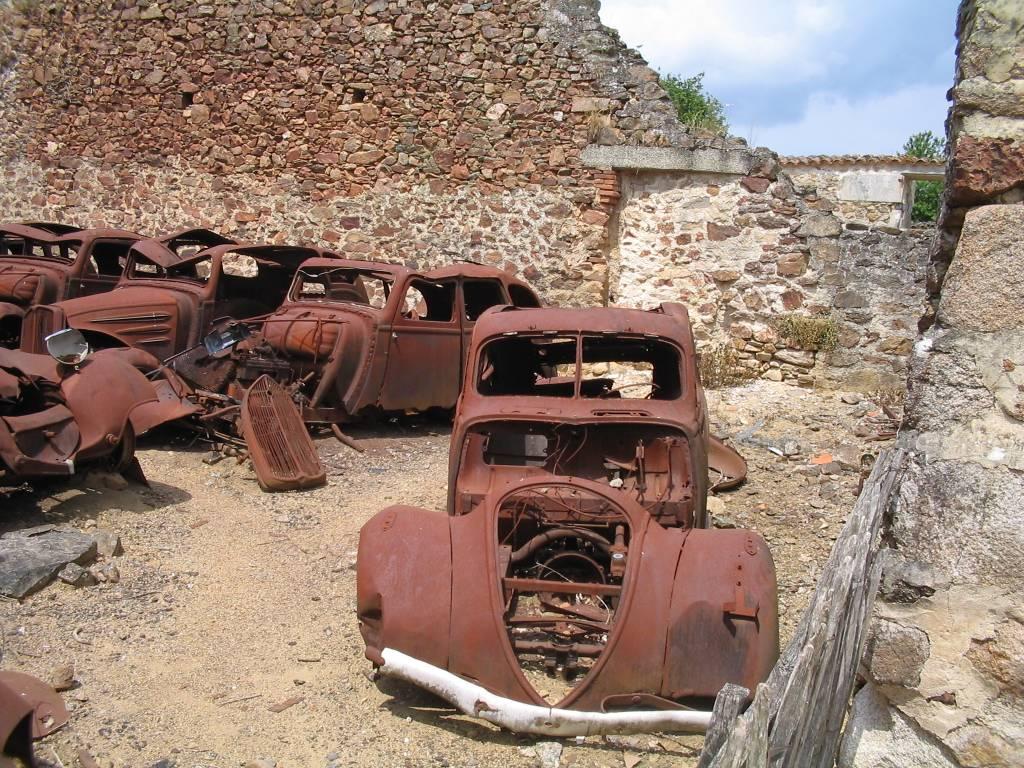 Oradour-sur-Glane-Cars-1263.jpeg