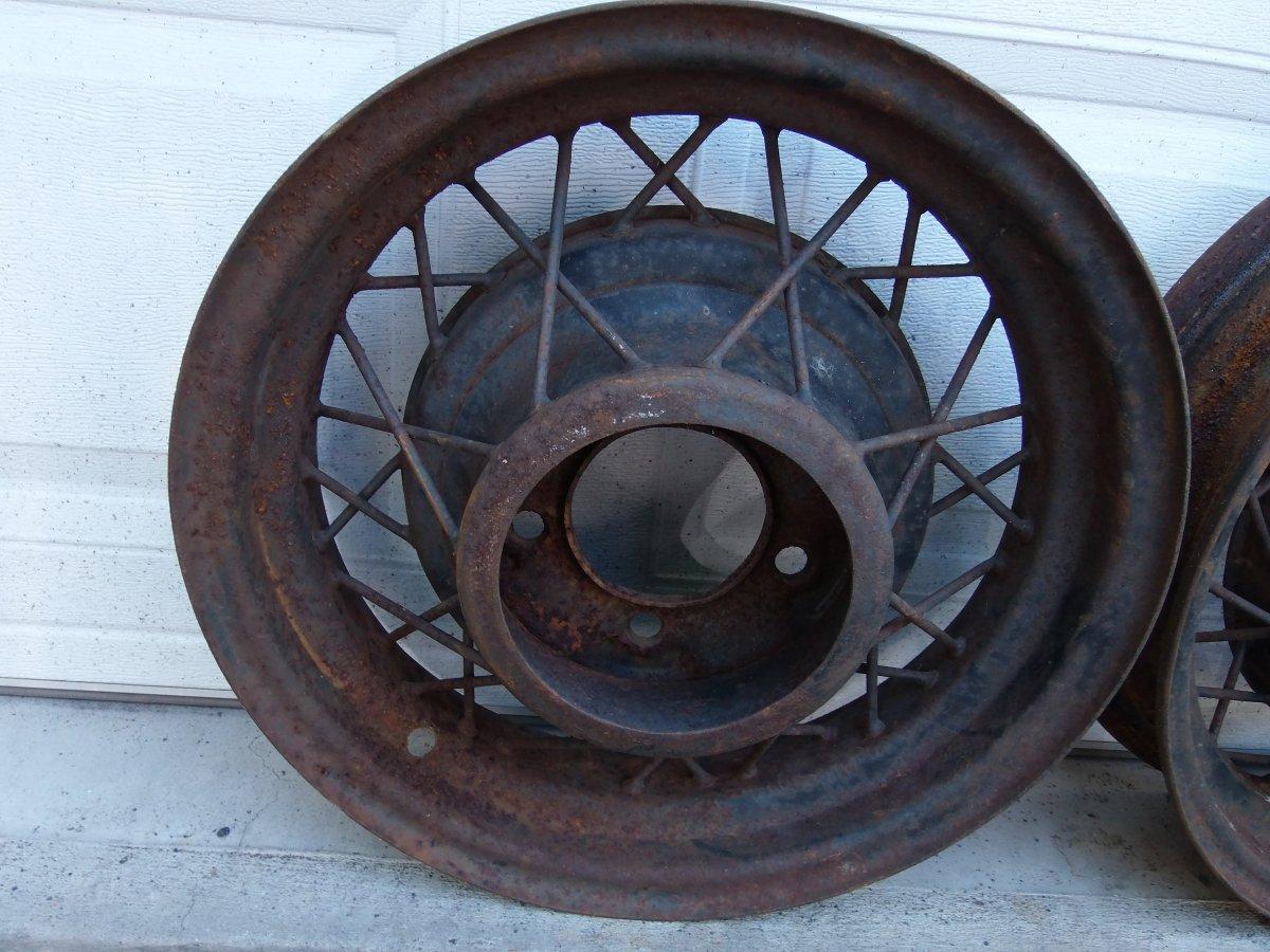 Sold thanks 2talltobeahotrodder! 1935 Ford wire wheels 16 inch ...