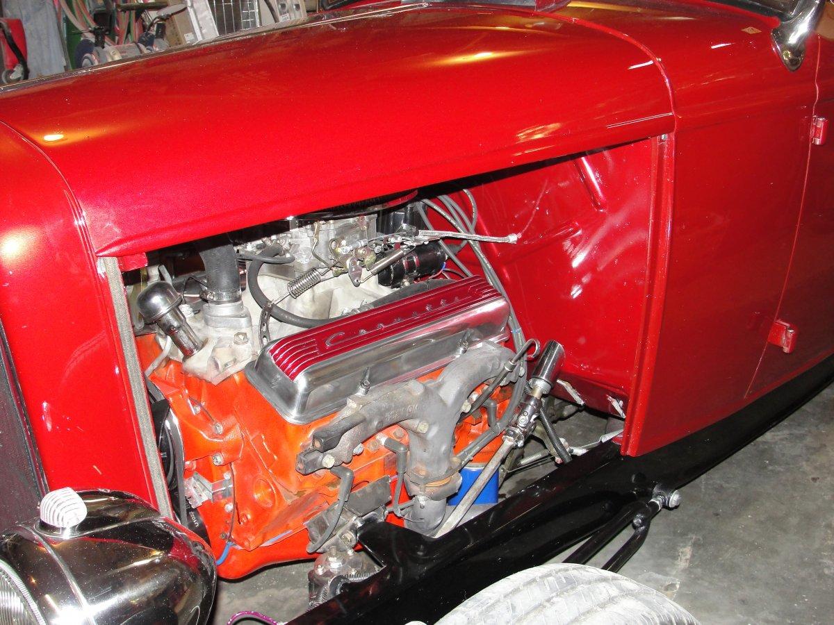 painted valve covers 008.JPG