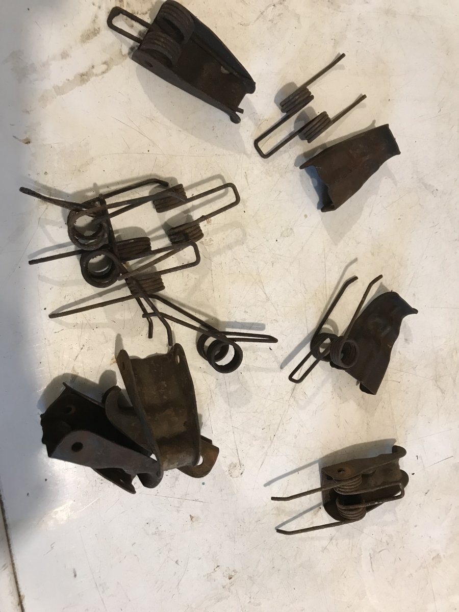 panel-clips.jpg
