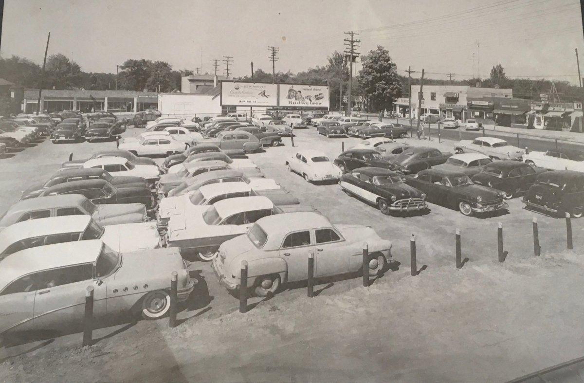 Parking lot 1950s.jpeg