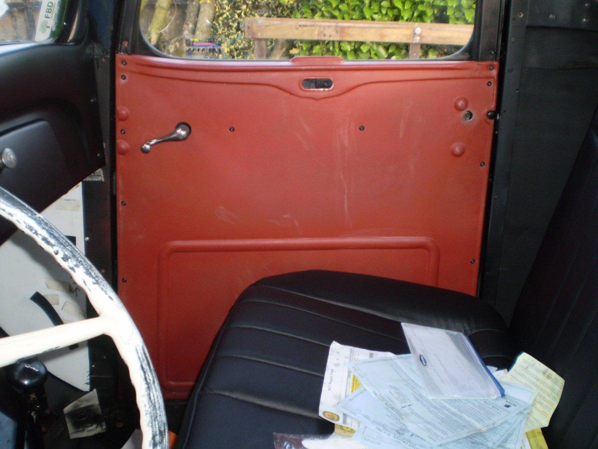 passenger door door panel shots 001.JPG