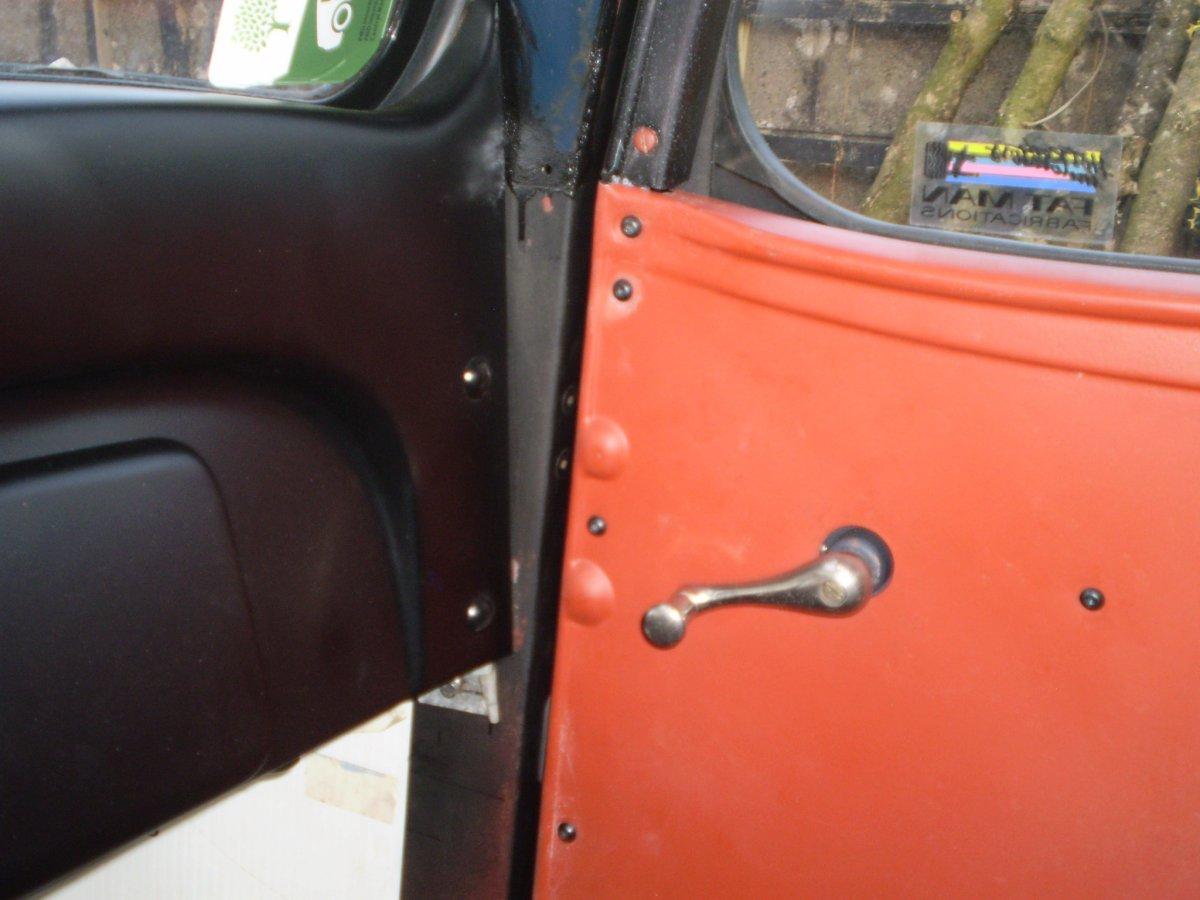 passenger door door panel shots 002.JPG