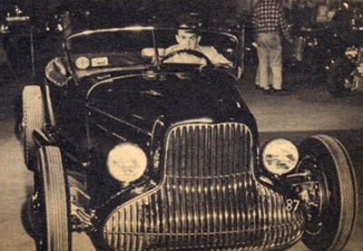 Pat-leighton-1932-ford.jpg