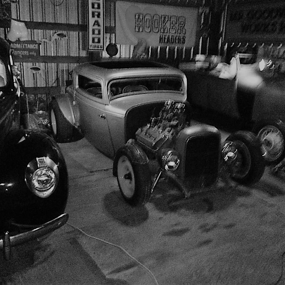 Paul garage (2).jpg