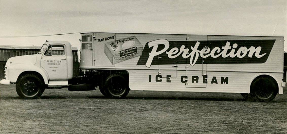 Perfection ice cream truck c 1958.jpg