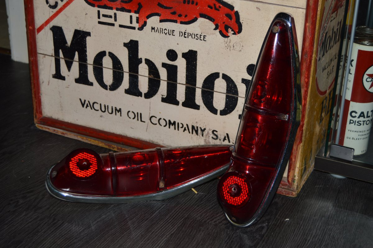 phares arriere scaldia 1964 Moskvitch 408.JPG
