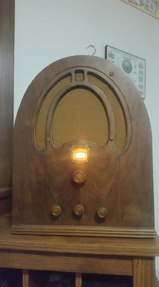philco cathederal.jpg