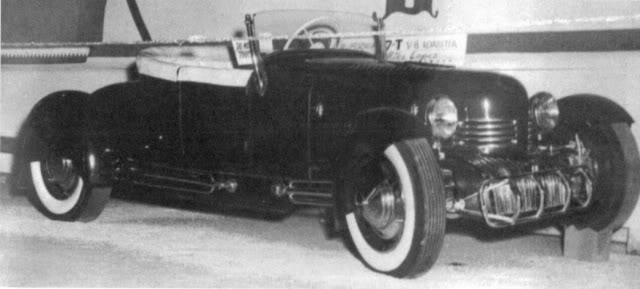 Photo from JimmyB circa 1952 unknown location Mike Lopez owner.jpg