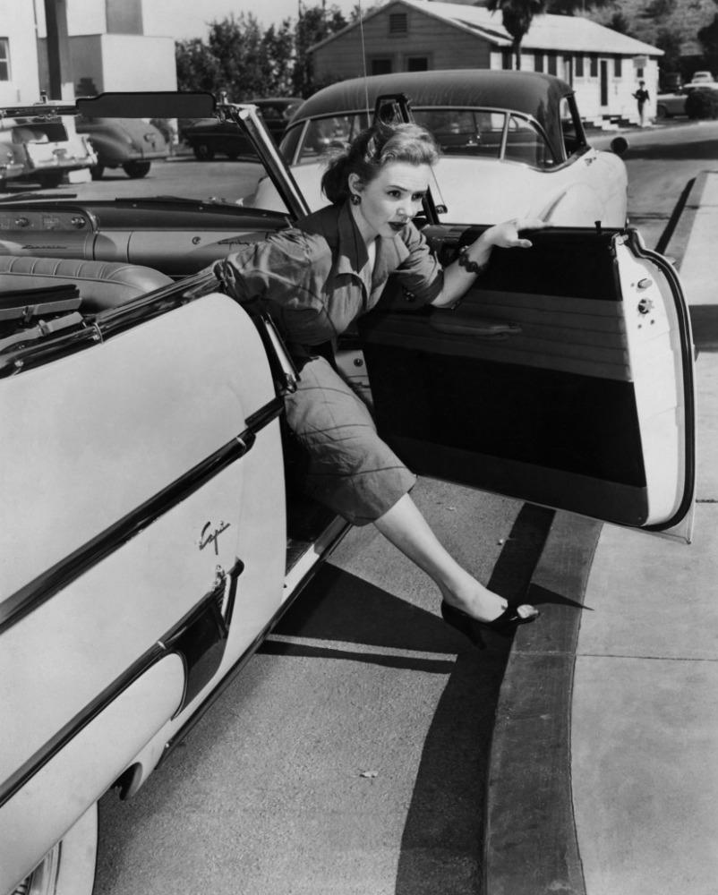 Piper Laurie .jpg
