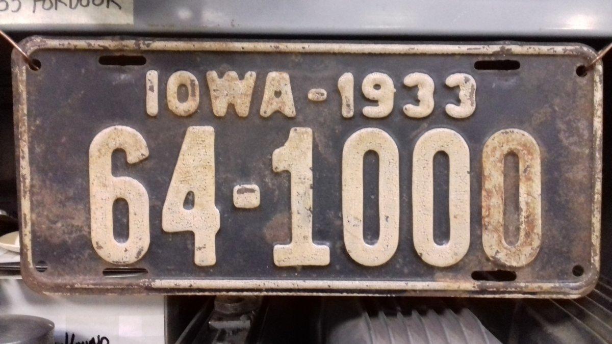 Plate 33 1000.jpg