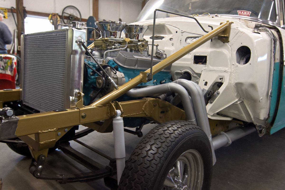 Pontiac Gasser 1.jpg