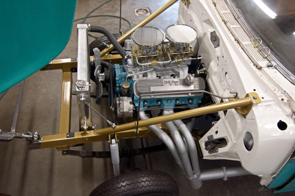 Pontiac Gasser 3.jpg