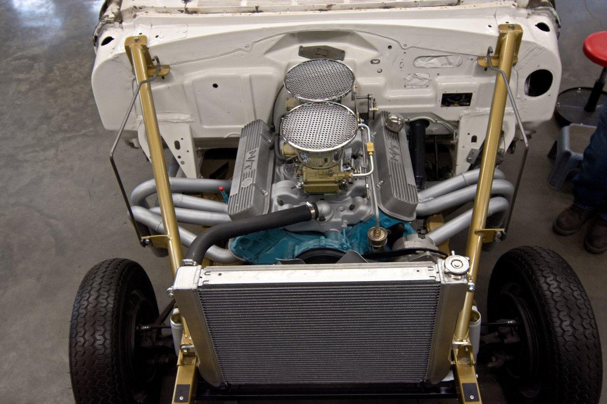 Pontiac Gasser 4.jpg