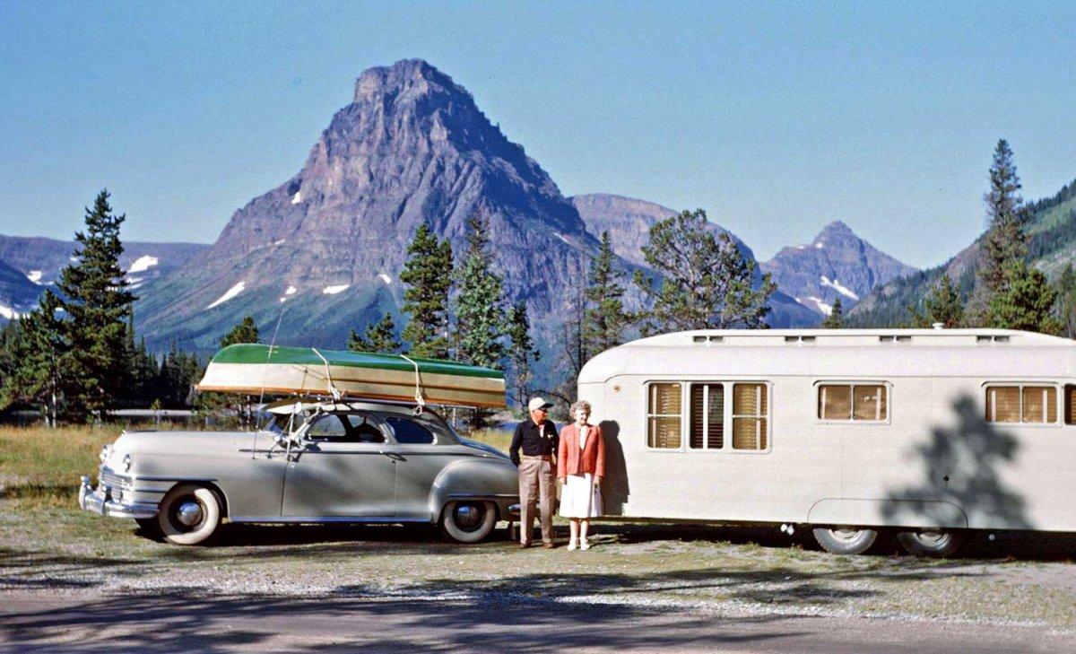 Postwar-Chrysler-Travel-Trailer-and-Boat.jpg