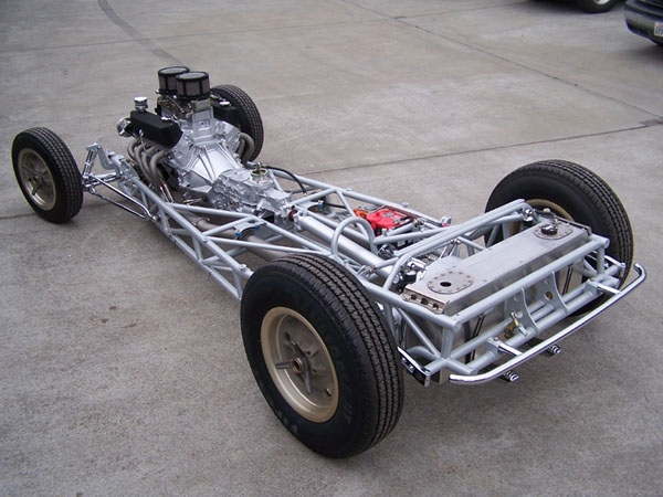 Poteet Roadchamp '32 5wd (by Moal Coachbuilders) Chassis 1.jpg