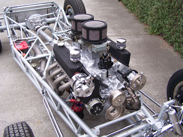Poteet Roadchamp '32 5wd (by Moal Coachbuilders) Chassis 3.jpg