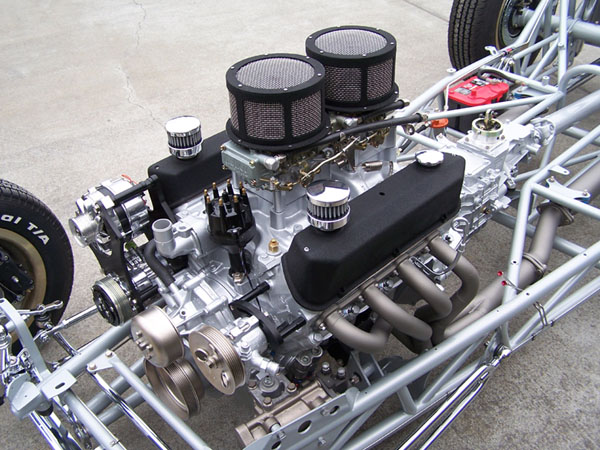 Poteet Roadchamp '32 5wd (by Moal Coachbuilders) Chassis 4.jpg