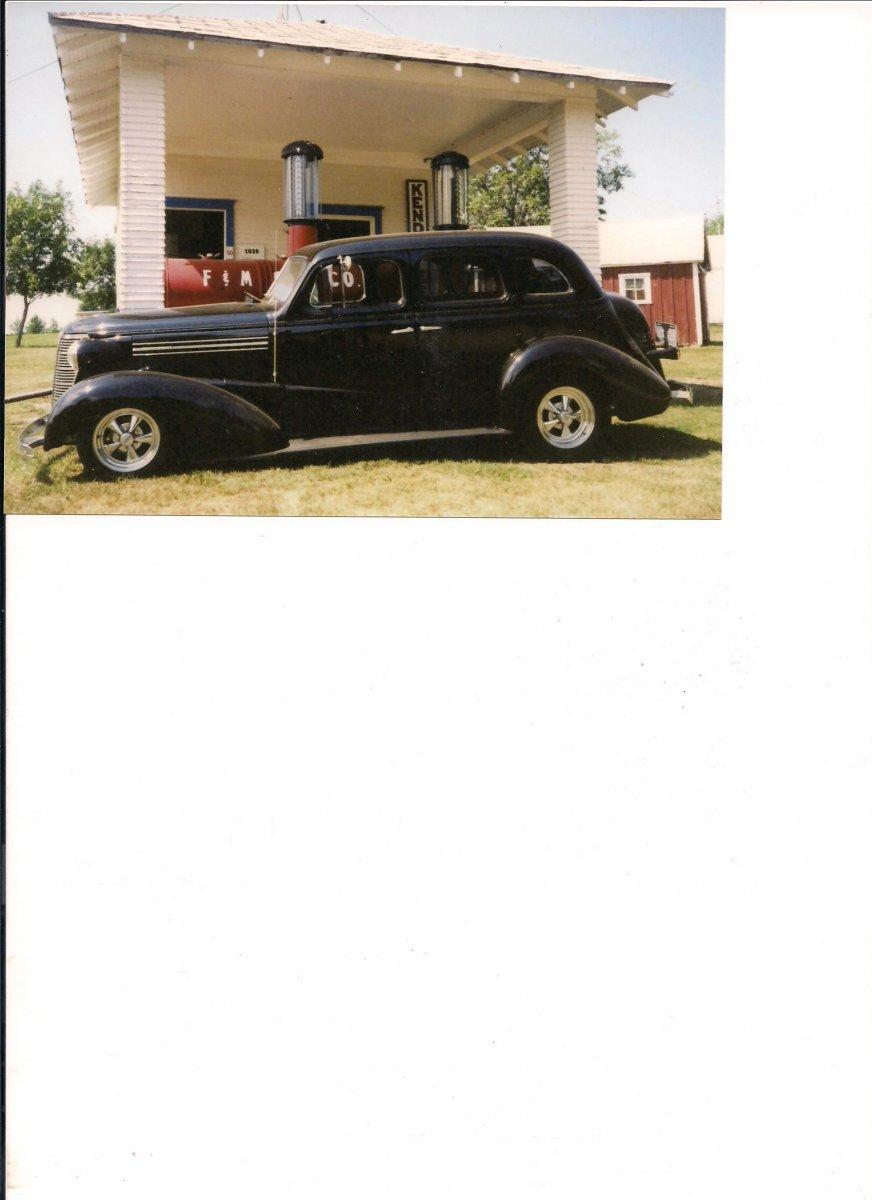 Prairie Village, 1938 Chevy 001.jpg