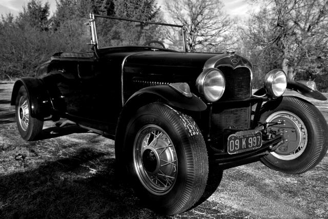 pre-war-hotrod-roadster-model-a-survivor-henry-ford-one-owner-family-79-years-42.jpg