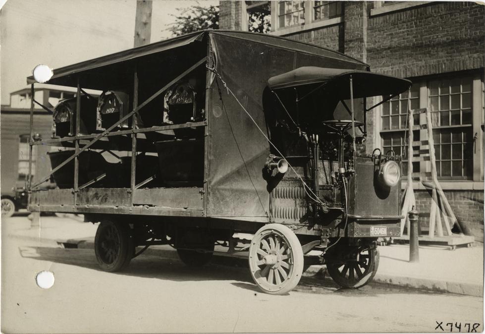 prewar truck reliance.jpg