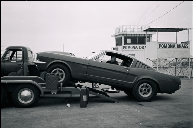 Private tesst session 427 SOHC Mustang 1964.PNG