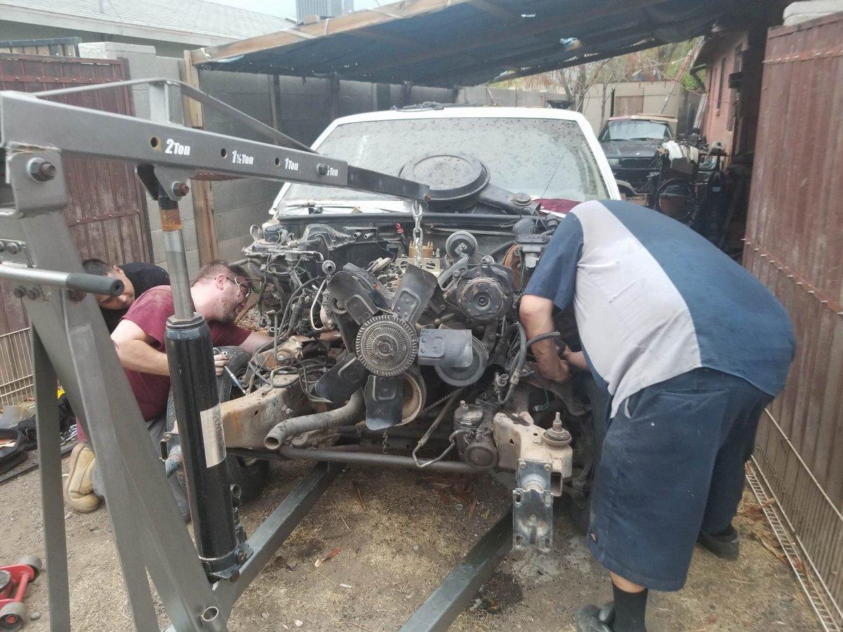 Pulling the Motor (36).jpg