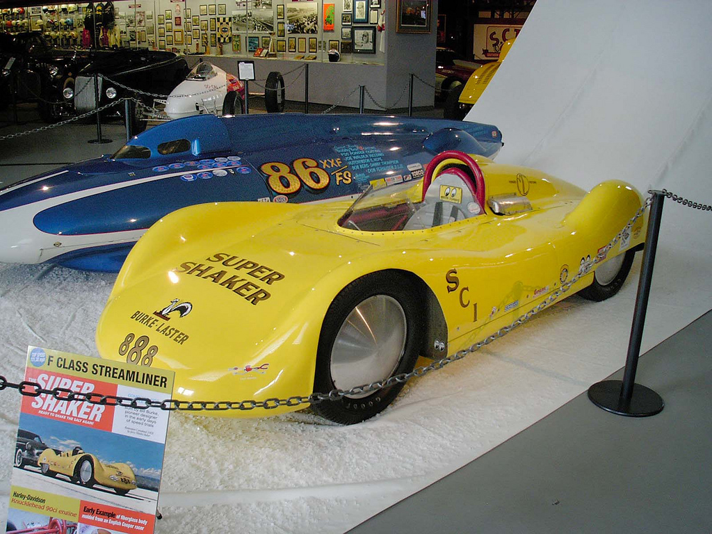 Pumpkin Seed & Super Shaker 'liners at Wally Parks NHRA Motorsports Museum (2009).jpg