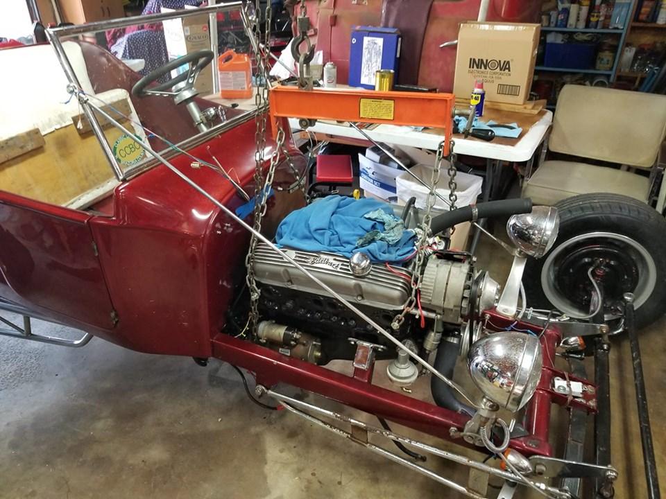 putting engine back in tbucket.jpg