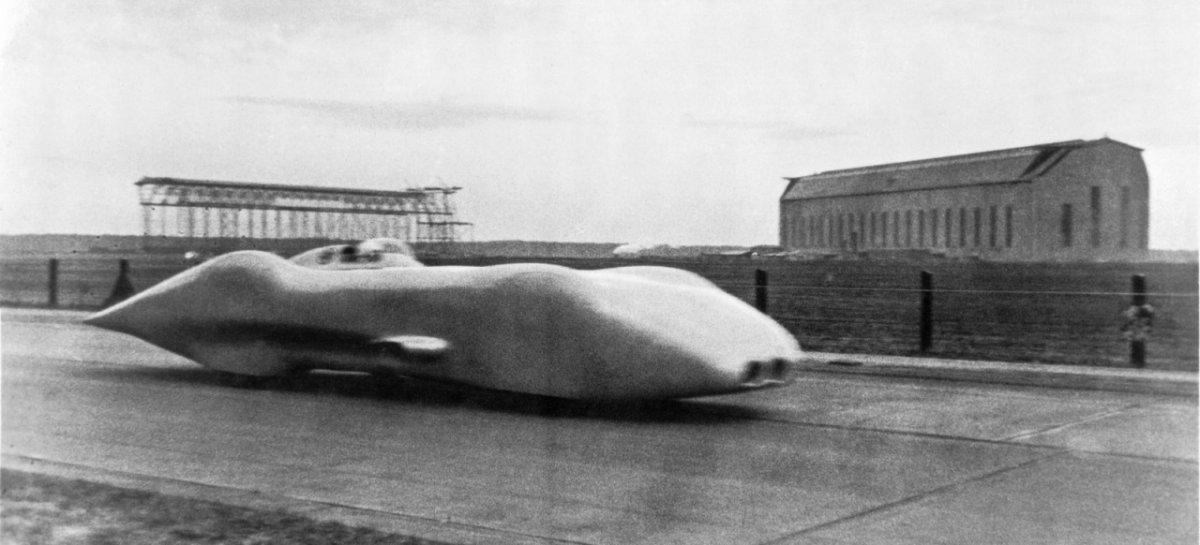 racciola-stellt-am-28-januar-1938-den-bsweltrekord-auf-oeffentlichen-strassen-5001.jpg