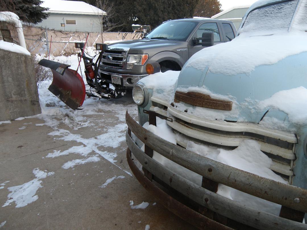Ramp truck & plow.jpg
