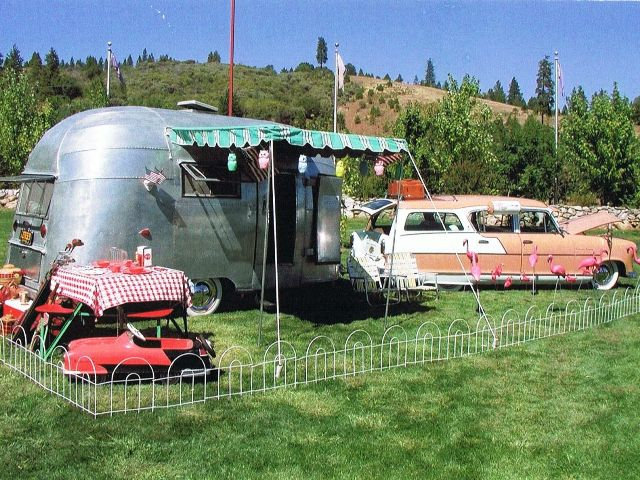 Randy Perez - 1955 Airstream Bubble (1).jpg