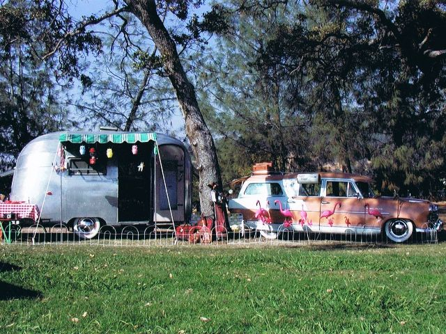 Randy Perez - 1955 Airstream Bubble (3).jpg