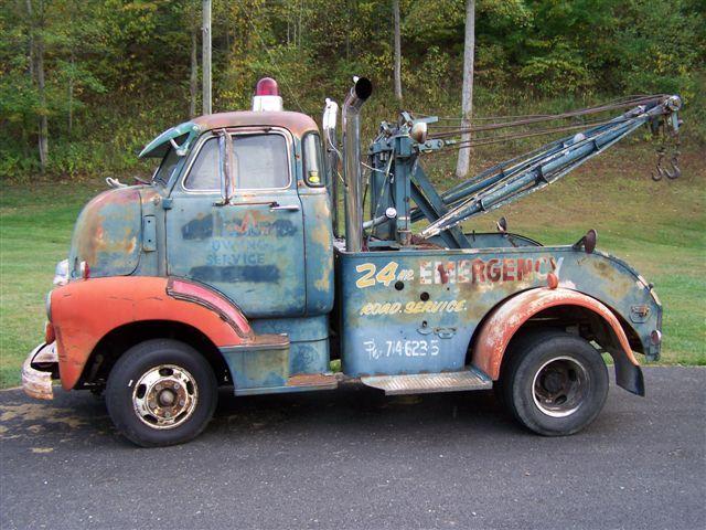 Rat tow truck.JPG