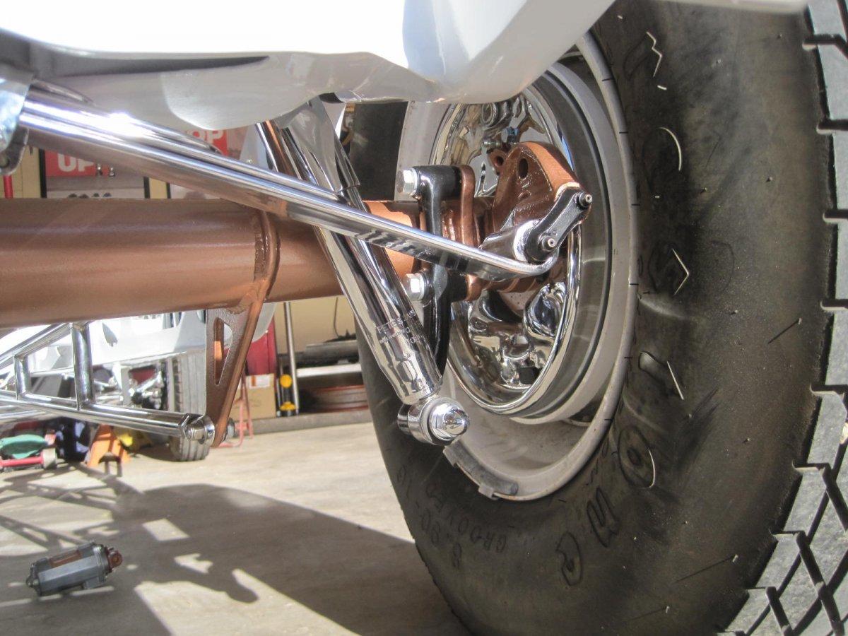 rear shock mounts 002.JPG