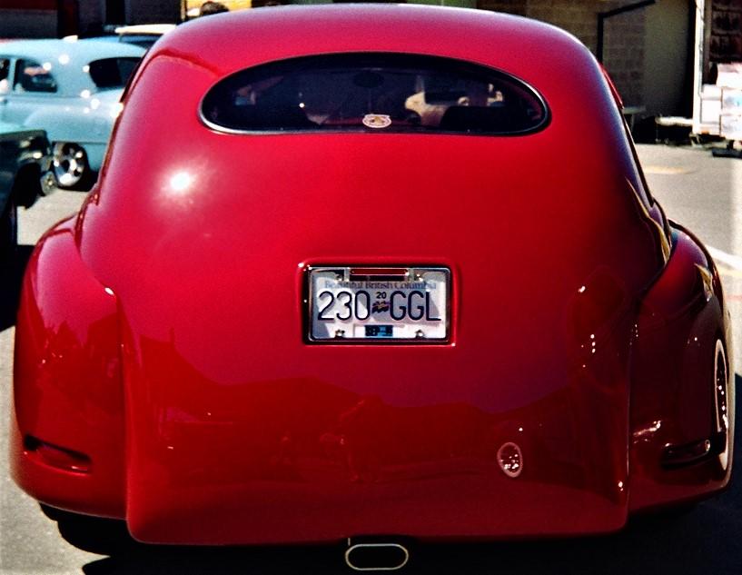 red rear.jpg